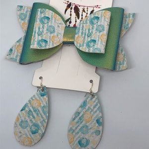Mommy and me bow set